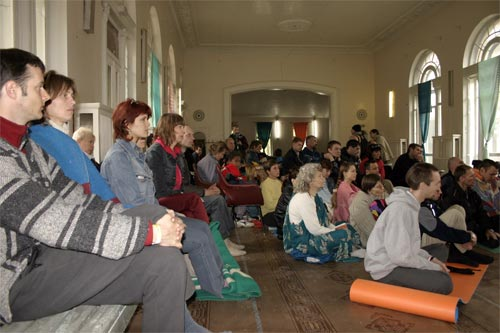 Many devotees and interested people attended morning and evening